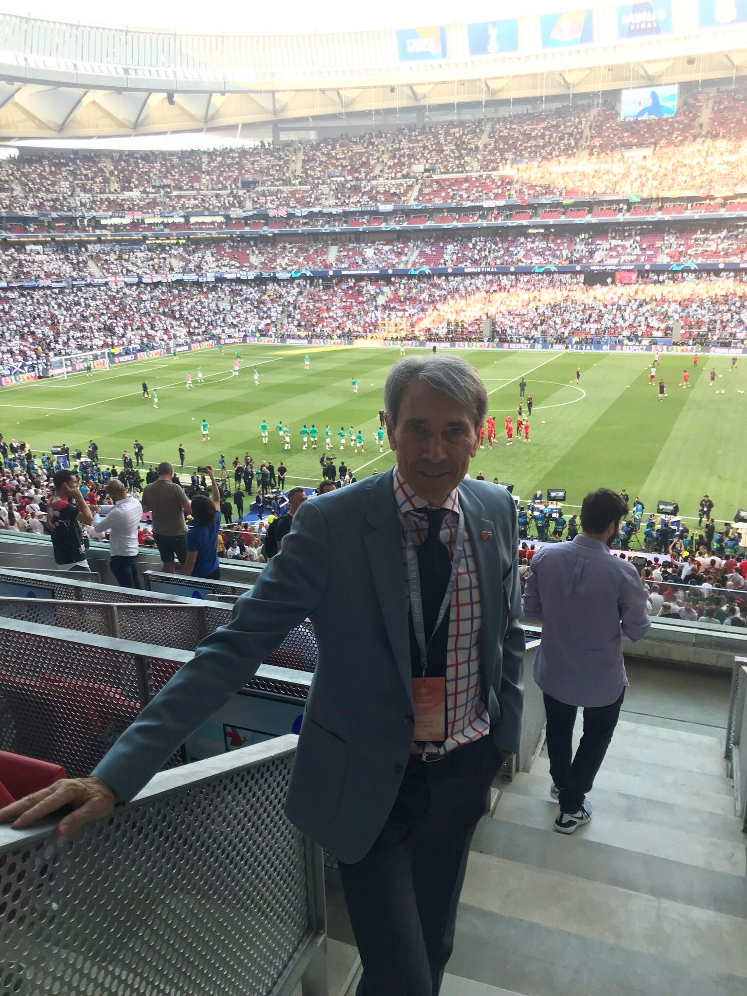 Lobo Carrasco «En el fútbol lo que enamora es el gran juego»